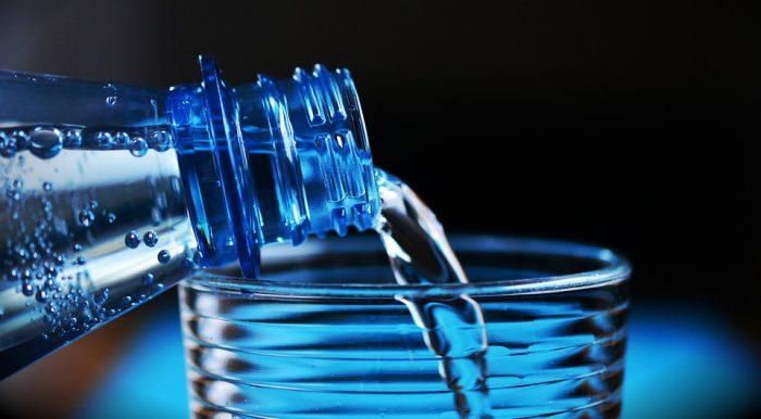 Pijemy więcej wody – 112 litrów w ciągu roku