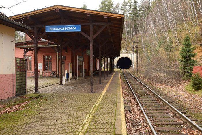 stacja Długopole-Zdrój